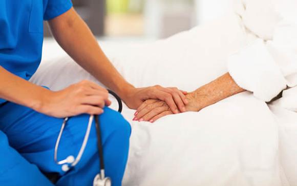 cuidados tercera edad paliativos atencion